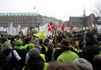 Demonstration Foran Christiansborg
